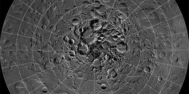 polul nord lunar