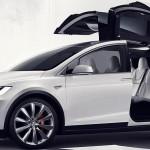 Tesla Model X – un SUV unic și neobișnuit