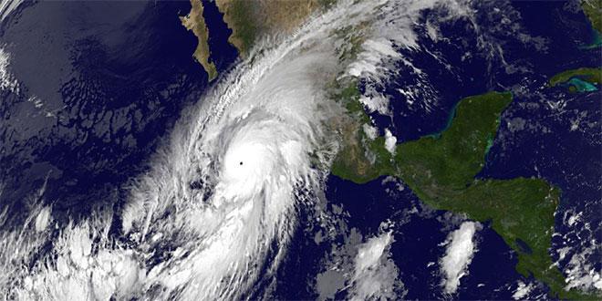 cel mai puternic uragan