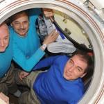 Echipajul de un an s-a întors pe Terra